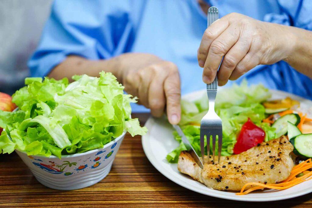 Perhatikan Tips Mengkonsumsi Makanan Berikut Agar Kolesterol Tidak Meningkat